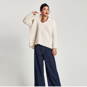 Zara %100 cashmere V neck - ecru